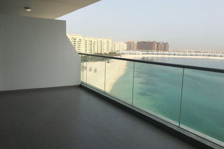 High Floor 1BR Apartment Palm Jumeirah Azure Res. - Dubai - Apartment