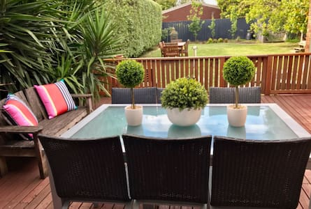 Pet friendly house by the beach - Rye - Hus
