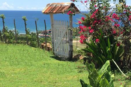 La Loma (house) Playa Rancho Luna,Cienfuegos,Cuba, - Villa
