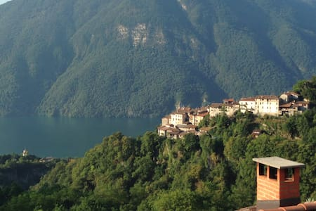 Lovely house on Lugano-Como Lake - Valsolda
