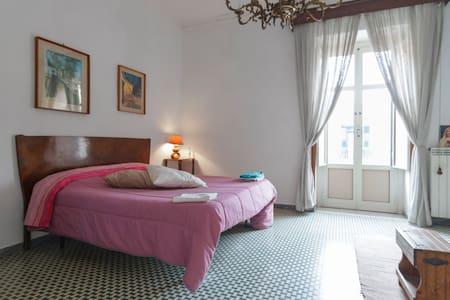 L'Habitació preciosa - Ercolano - Bed & Breakfast