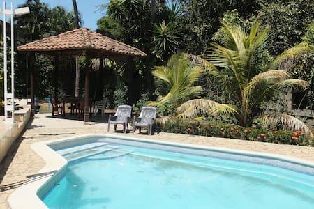 room/cuarto en mansión colonial - Managua - Ház