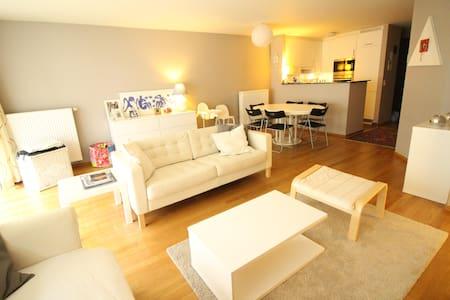 Knokke, appart. confortable et très bien situé! - Apartment