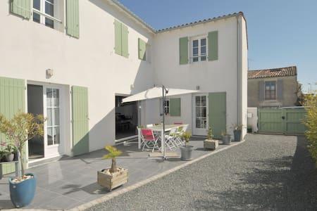 Villa proche du centre village - Rivedoux-Plage - Villa