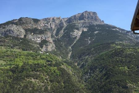 Maison de vacances à la montagne - Le Lauzet-Ubaye