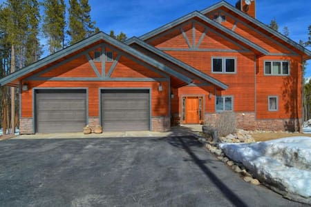 Spacious Mountain Getaway near Winter Park - Winter Park