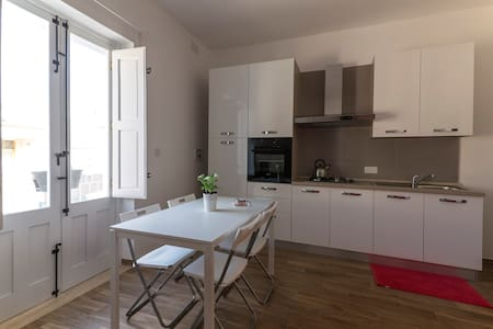 New First Floor Apartment in the Village Core - Flat