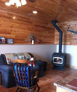 Superior Shores Bed and Breakfast - Shuniah - Bed & Breakfast