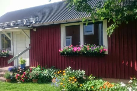 Cosy guest house - Mora N