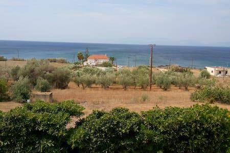 Ευρύχωρο με θέα θαλασσα - Agios Dimitrios