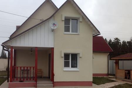 Гостевой дом-баня - Dům pro hosty