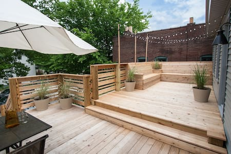 Bed and Bikes with Private Deck - Louisville - Apartment