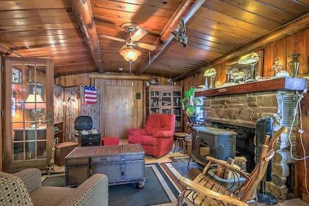 Kat's Cozy Colorado Cabin Sunshine - Maison