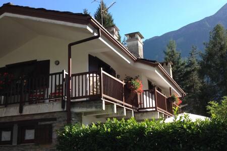 Verrand vista Monte Bianco - Verrand