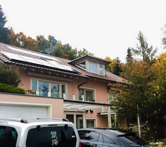 Kleine Ferienwohnung im Oberen Donautal - Pis