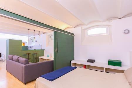 ★★★★★ (A4) Cool loft in Barcelona Upper side !! - Barcelone - Loft