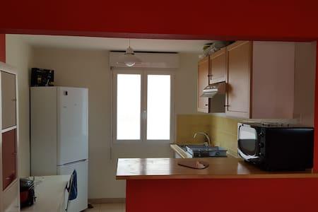 appartement t 3 - Apartment