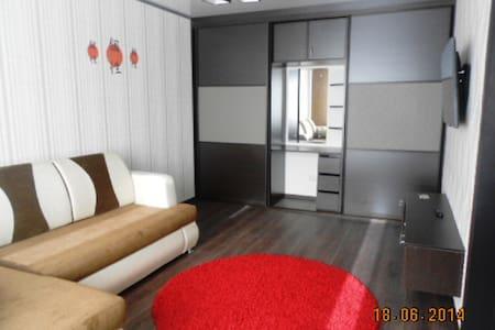 Стильная, комфортная квартира для двоих - Lägenhet