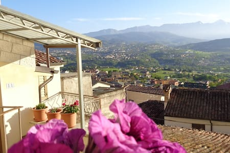 Gran Sasso Nest, independent, wonderful view - House