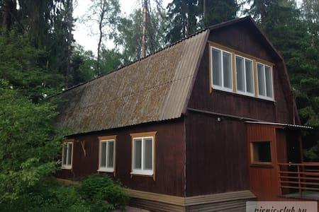 Дом 90кв.м на берегу Пестовского водохранилища - House