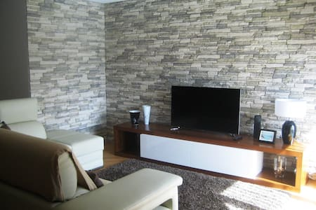 Modern and spacious Apartment - Lägenhet
