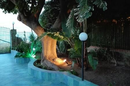 Greta holidays - With private access to the sea - Altavilla Milicia