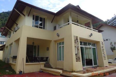 Penang Relux Seafront Villa - Villa
