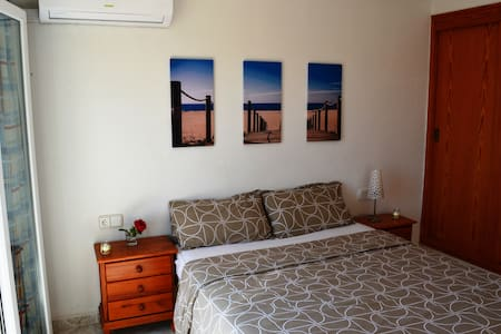 Comfortable bedrooms near to MAGALUF ! - Casa