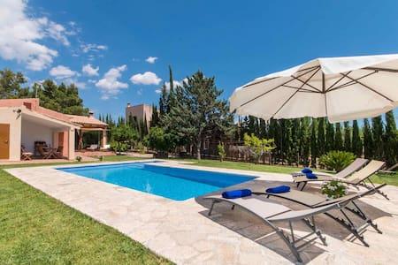 Quiet Mallorcan Finca Tennis Pool - Lloseta - Villa