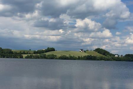 Villa na Kaszubach przy jeziorze - Miechucino - Apartmen