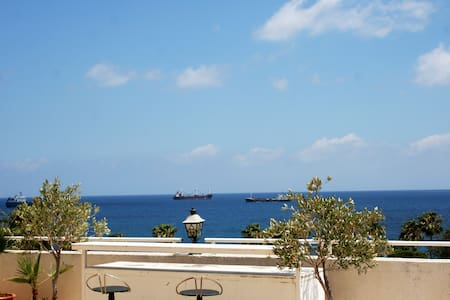 Unique Apartment in the old town of Limassol. - Apartamento