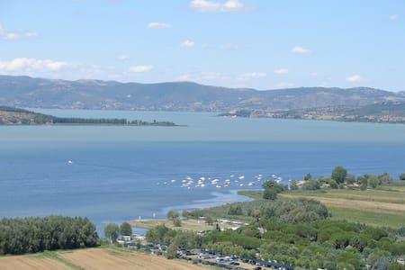 La Terrazza sul Lago Trasimeno - Magione - Apartment