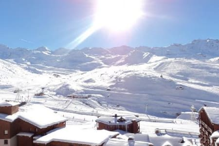 VAL THORENS APPARTEMENT 4 PERS PLEIN SUD BALCON - Appartement