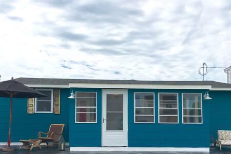 Freshly Renovated Bay Side Cottage. Golfers Dream - Brigantine - House