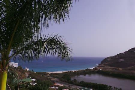 cozy sea view appartment