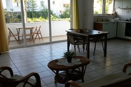 Central Square Apts II - Platanias - Appartement