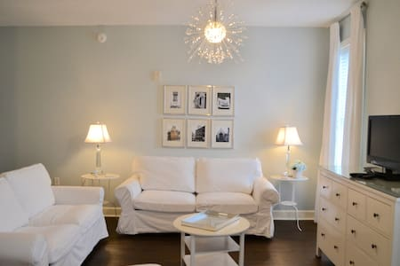 The Blue Room on 30A - Apartament