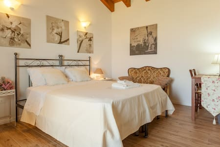 camera romantica con cucinino - Vicenza - Bed & Breakfast