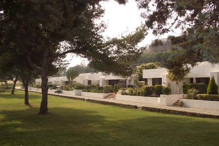 Cosy 2-bed Golf bungalow in Spain - (ukendt)