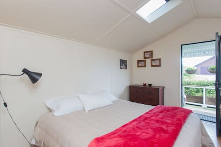 Cosy Cottage on Deer Farm - Auckland - Hytte