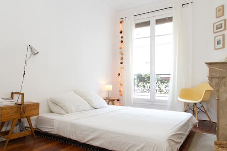 Charming and sunny apartment near Canal St Martin - Flat