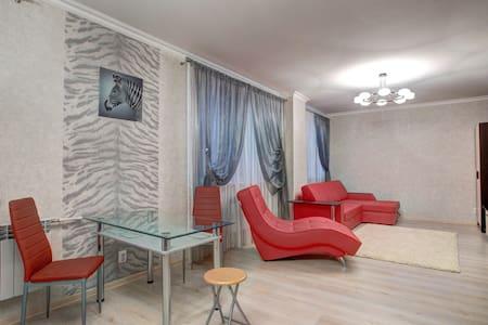 Gallery Apartments #4 Энгельса - Appartement