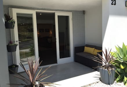 Cool Comfort Close to Brisbane City - Coorparoo