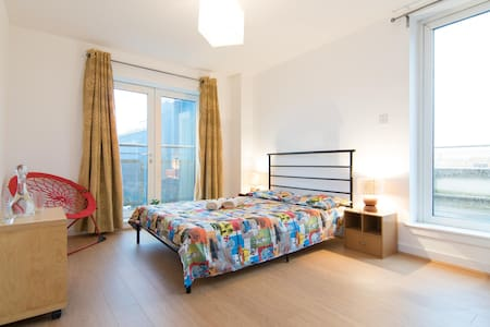 En-suite with rooftop terrace - Apartamento