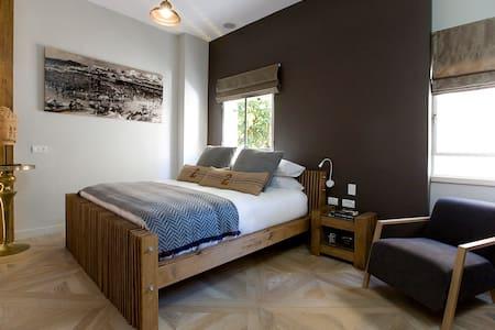 Neve Tzedek suite. - Tel Aviv-Yafo - Bed & Breakfast