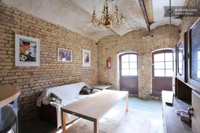 wohnung mit werkstatt und atelier in bad belzig. Black Bedroom Furniture Sets. Home Design Ideas