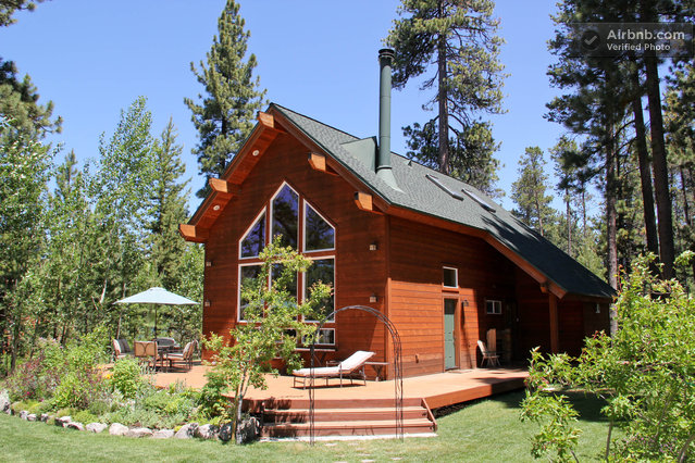Gorgeous Tahoe Cabin Private Beach In South Lake Tahoe