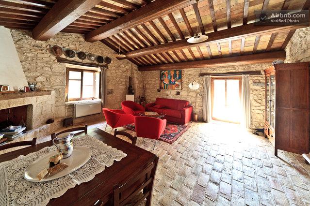 Case in pietra parco naz majella in abbateggio for 3 case in pietra