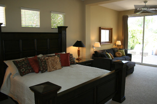 Master bedroom with tv sitting area native home garden design What is master bedroom in spanish