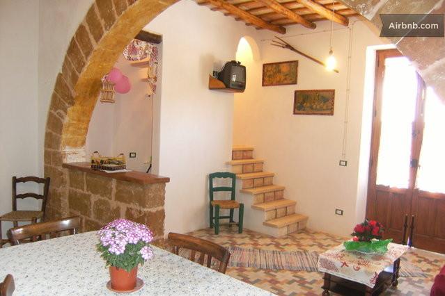 Casa in stile rustico a custonaci in custonaci for Piani casa in stile rustico